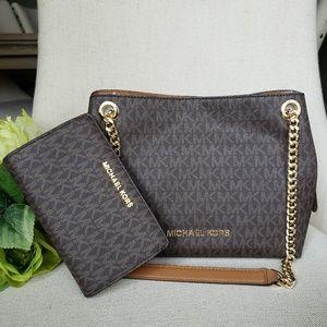 Michael Kors Chain messenger Bag And Wallet set MK